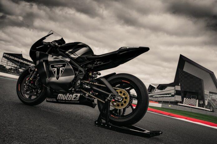 Mesin triumph moto2