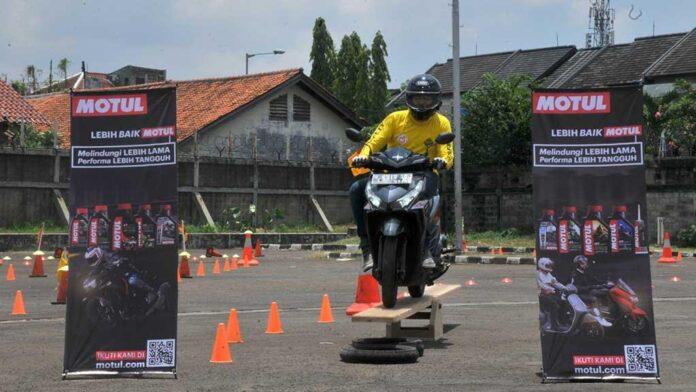 Forwot pelatihan berkendara roda dua